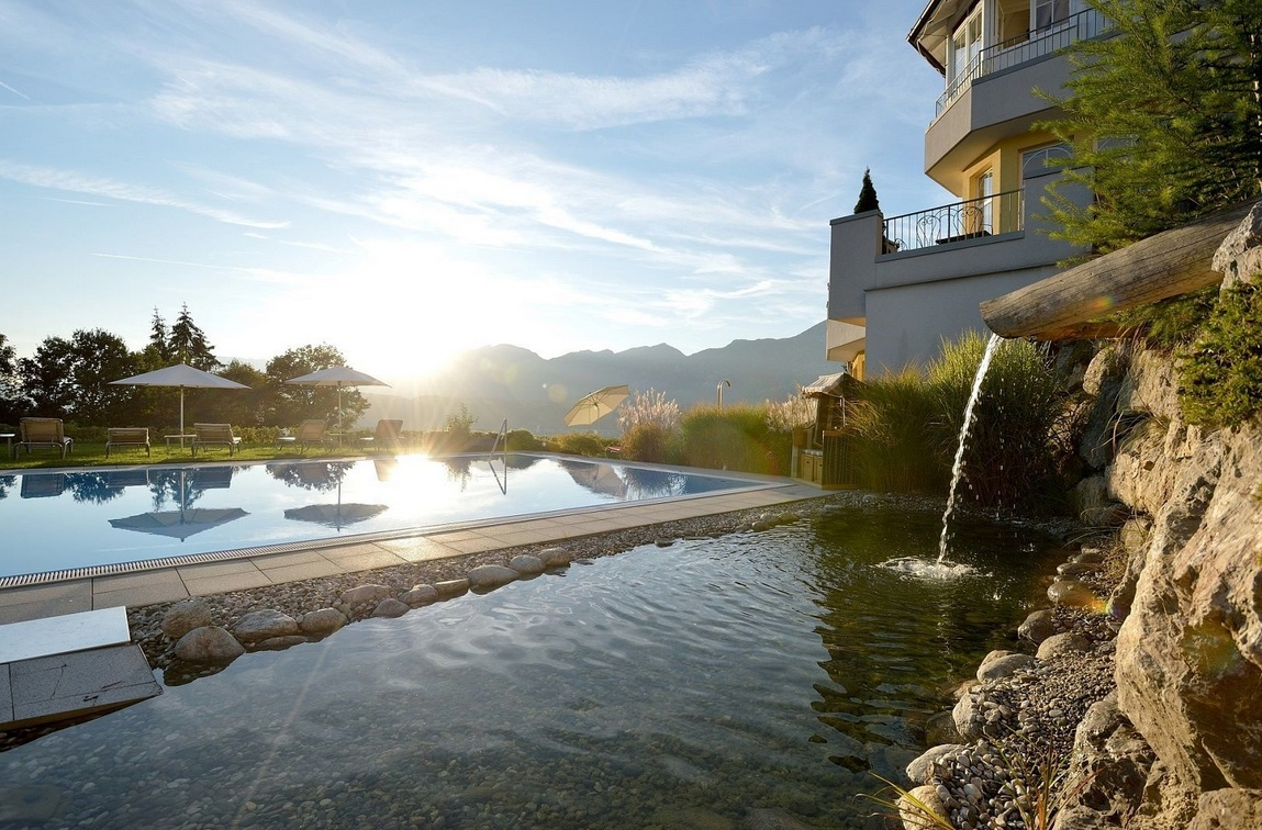 Beste Wellness Hotels In Tirol Therme Thermen At
